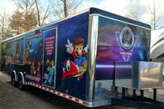 Hyperspace Starcade Game Station is a Mobile Video Game Theater!